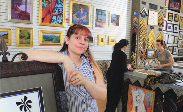 Sara Minarik Applegate